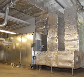 HVAC Equipment insulated with PAROC Hvac Lamella Mat AluCoat